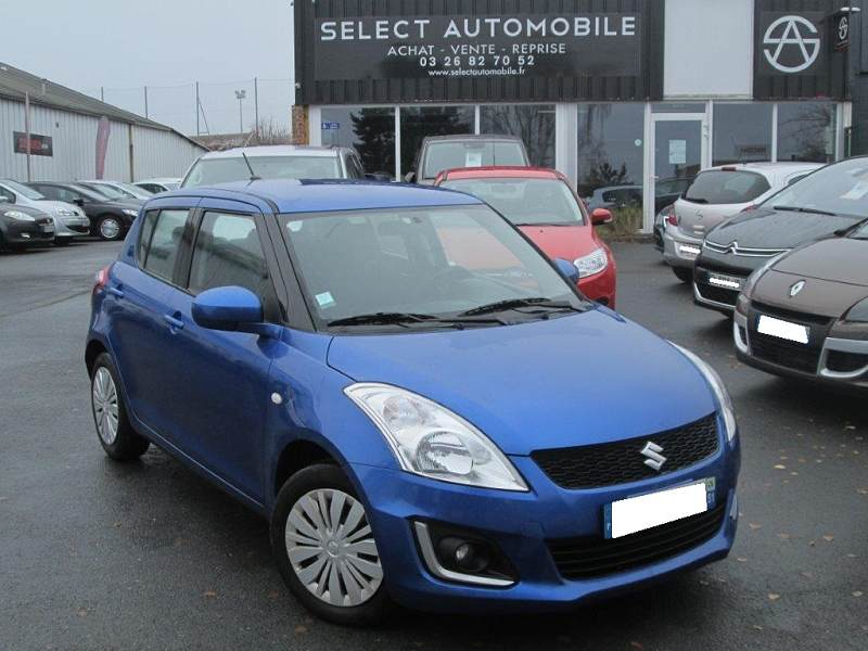 suzuki swift iii 1 2 vvt privilege 5 portes 1ere main 37500km 8990 d 39 occasion en vente. Black Bedroom Furniture Sets. Home Design Ideas