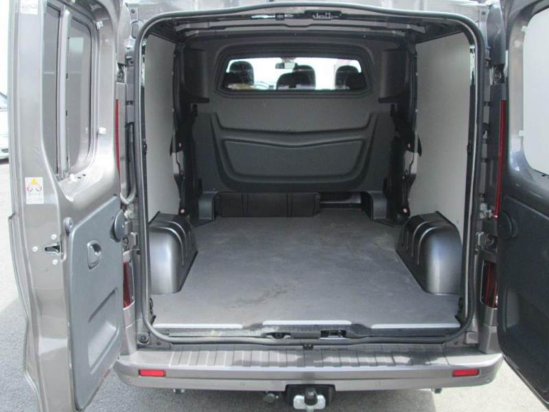 interieur opel vivaro 9 places opel vivaro 19 cdti 2006 8211 9 places utilitaires opel nowy. Black Bedroom Furniture Sets. Home Design Ideas