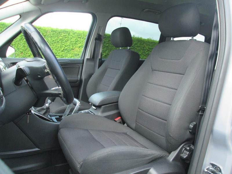 ford galaxy ii 2 2 0 tdci 140 fap business nav bv6 7 places 57500km 10 2013 suivi. Black Bedroom Furniture Sets. Home Design Ideas