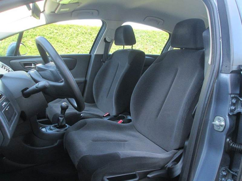 citroen c4 1 6 hdi 92 confort 41100km 6990 d 39 occasion en vente reims chez select automobile. Black Bedroom Furniture Sets. Home Design Ideas